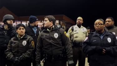 Des policiers à Berkeley, après la mort d'un jeune Noir tué par la police.