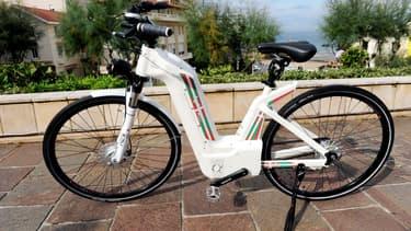 Un vélo électrique Alpha designé par Pragma Industries