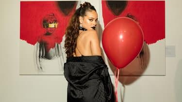 Rihanna lors de la présentation de son nouvel album ANTI à la MAMA Gallery, Los Angeles, en octobre 2015.