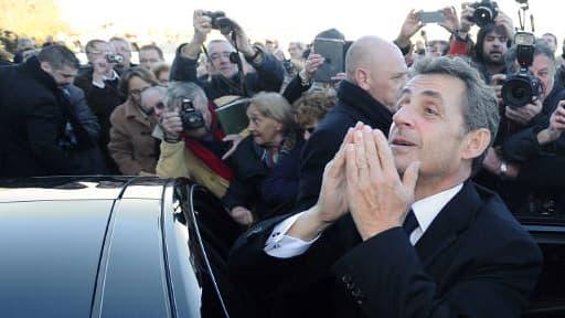 Nicolas Sarkozy a été accueilli par de nombreux sympathisants à l'hippodrome de Châtelaillon jeudi.
