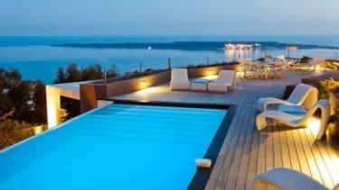 Villa à Cannes avec vue sur les îles de Lerins