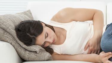 La gastro-entérite aiguë est une inflammation de la muqueuse du tube digestif responsable de diarrhée et fréquemment de douleurs abdominales et vomissements.