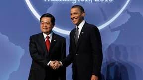 Les efforts déployés par Barack Obama pour obtenir l'adoption d'un nouveau train de sanctions contre l'Iran sont passés à une vitesse supérieure lundi, lors de l'entretien qu'il a eu avec son homologue chinois Hu Jintao, avec lequel il a été aussi questio
