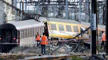 Le train Téoz 3657 Intercités Paris-Limoges, qui a déraillé le 12 juillet à Brétigny-sur-Orge, dans l'Essonne.
