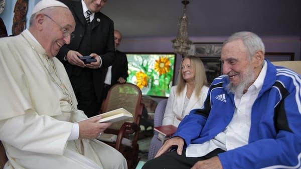 Le pape François rencontre Fidel Castro à La Havane, le 20 septembre 2015.