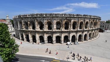 Exemple d'utilisation de la pierre dans les arènes de Nîmes