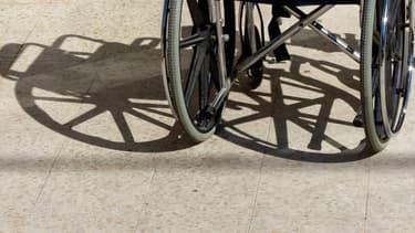 A 92 ans, il prend l'autoroute en fauteuil roulant électrique