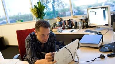 Elon Musk, déjà fondateur de Paypal, Tesla et SpaceX, a annoncé un nouveau mode de transport révolutionnaire. Mais il pourrait se faire attendre.