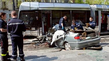 La scène de l'accident, ce vendredi 11 avril dans le centre-ville de Tours.