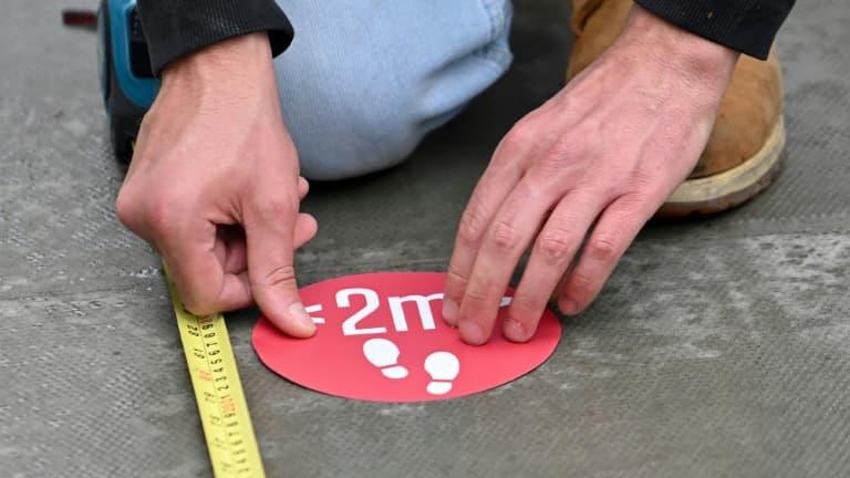 Covid-19: que changerait la nouvelle règle des deux mètres de distance ?