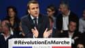 """Emmanuel Macron veut que """"tous les travailleurs du pays aient la possibilité d'être couverts contre les risques""""."""