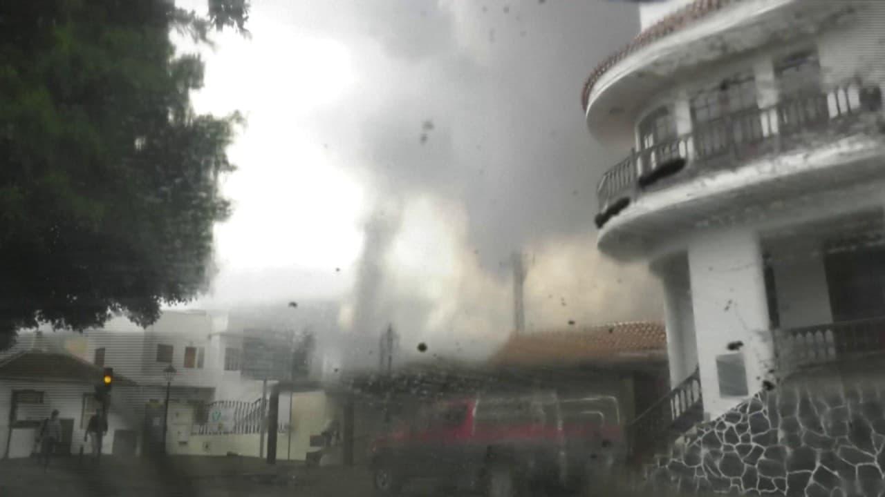 le Cumbre Vieja continue de projeter des cendres sur l'île de La Palma