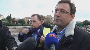 Le maire de La-Londe-les-Maures François de Canson a dénoncé vendredi les contraintes environnementales ralentissant les travaux sur un cours d'eau.