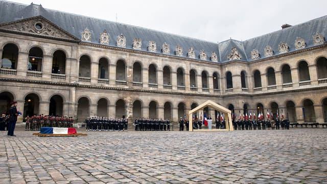 """Le 8 janvier, un hommage au résistant Robert Chambeiron a eu lieu aux Invalides à Paris. Ce ne sera pas le cas pour les victimes de """"Charlie Hebdo""""."""