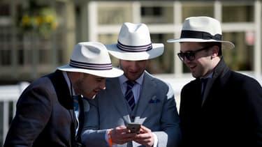 Les Français aiment particulièrement consulter leur compte en banque en ligne.