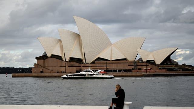 Les abords de l'Opéra de Sydney complètement déserts, le 22 juin 2021.