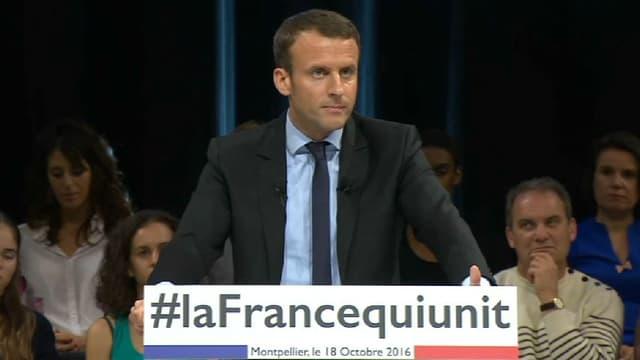 Emmanuel Macron ne veut pas que l'État soit réduit au rôle de spectateur