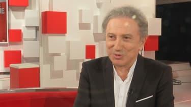 Michel Drucker sur le plateau de Vivement dimanche, le 24 mars 2021.