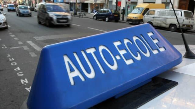 La première auto-école solidaire a été ouverte en Charente par Emmaüs.