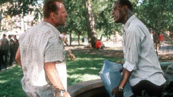 """Un fan de Die Hard s'est payé une page dans la bible du cinéma américain pour participer à l'écriture du scénario du nouvel épisode. (Ici Bruce Willis et Samuel Lee Jackson dans """"Une journée en enfer"""")"""