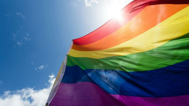 Un drapeau LGBT. Photo d'illustration