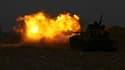 Les forces du Conseil national (CNT) de transition au pouvoir en Libye ont accentué leur pression militaire à Syrte, dont elles ont pris le quartier de Bouhadi, dans le Sud. Chars, pièces d'artillerie et batteries antiaériennes ont été mis à contribution