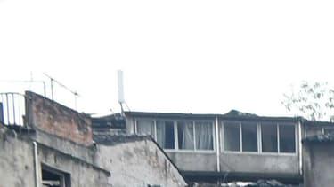 Une fillette de trois ans a été retrouvée vivante dans les décombres des quatre immeubles qui se sont effondrés en Chine.
