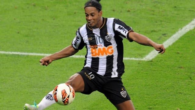 Ronaldinho a marqué un doublé sur coup franc