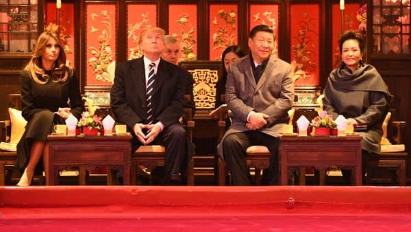 Les couples présidentiels américain et chinois, dans la Cité interdite, à Pékin, le 8 novembre.