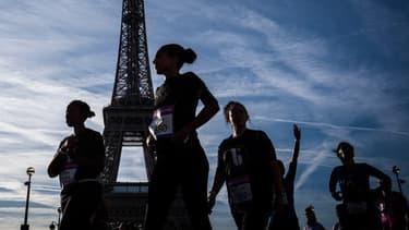 """Des participantes à la course """"La Parisienne"""""""