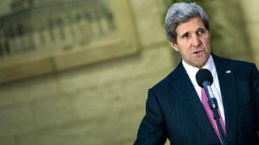John Kerry le 4 janvier 2014, après une rencontre avec le président palestinien, Mahmoud Abbas.