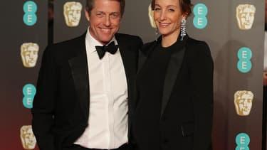 Hugh Grant et sa compagne Anna Eberstein.
