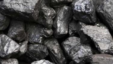 La commission des finances du parlement norvégien a décidé à l'unanimité de recommander au Norwegian Gouvernement Pension Fund Global ; le plus grand fond souverain au monde de désinvestir des entreorises dont l'activité est très liée au charbon