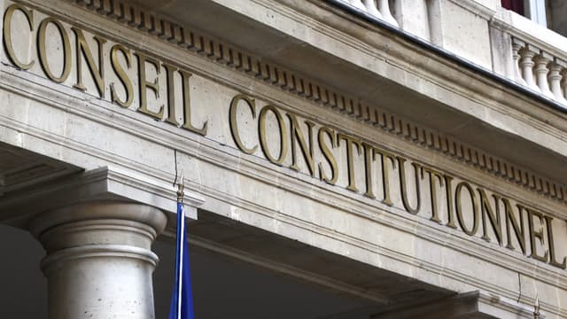La façade du Conseil Constitutionnel à Paris