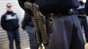 Un policier marseillais comparaît devant la justice. En 2010, un homme est mort après qu'il lui a tiré dessus avec un flash-ball.