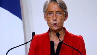 La ministre du Travail  Elisabeth Borne le 12 novembre 2020 à Paris