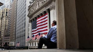 Pendant que Wall Street fait une pause pour le Labor Day, les marchés européens sont plutôt calme, malgré une agitation toujours sensible en Asie