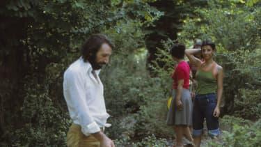 Scène banale de journée entre amis pour cette photo prise en Iran dans les années 70.