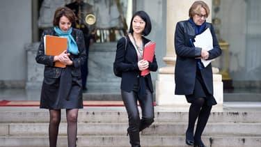 Marisol Touraine, Fleur Pellerin et Marilyse Lebranchu sur le perron de l'Elysée, le 10 décembre 2014.