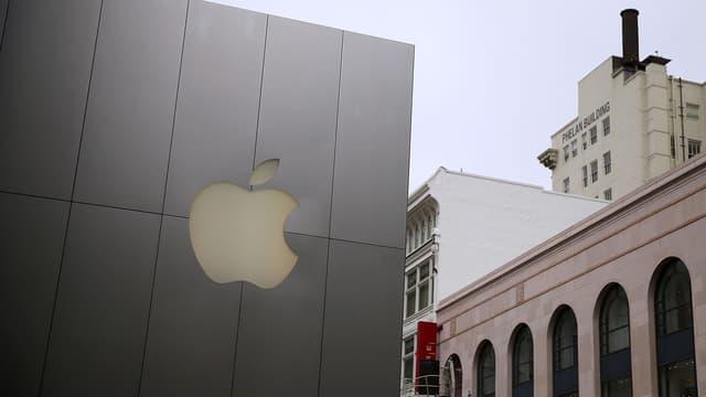 LEs résultats d'entreprises vont soutenir à nouveau la cote, à l'image des très brillantes performances d'Apple publiées hier soir, avec encore des chiffres spectaculaires pour l'IPhone.