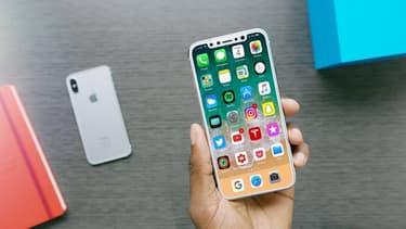 Avec un tarif de base à 1.000 dollars, l'iPhone 8 pourrait être le téléphone le pus cher de l'histoire d'Apple. Mais bonne nouvelle, son pourrait baisser d'ici Noël.