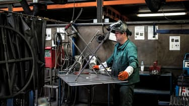 Le secteur de l'industrie a perdu 11.300 postes au troisième trimestre.