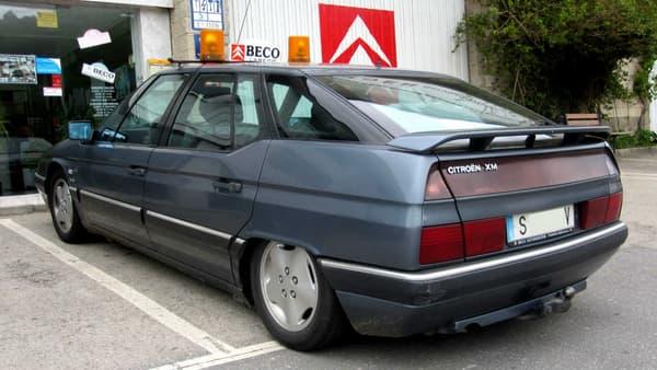 La Citroën XM a été élue Voiture de l'Année en 1990.