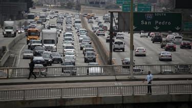 La municipalité de Los Angeles a décidé de repeindre l'une de ses rues en blanc pour lutter contre le réchauffement climatique. (image d'illustration)
