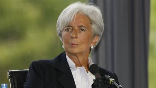 L'institution dirigée par Christine Lagarde ne croit pas à l'inversion de la courbe du chômage pour 2013