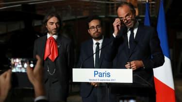 Cédric Villani, Mounir Mahjoubi et Edouard Philippe le 8 septembre 2017 à Paris.
