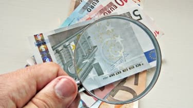 Certaines astuces permettent de distinguer rapidement les vrais des faux billets.