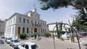 La mairie de Gardanne dans les Bouches-du-Rhône.