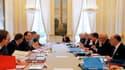 François Hollande a donné en partie satisfaction aux militaires lors du conseil de défense de ce 29 avril