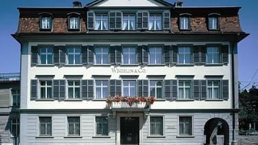 Fondée en 1741 à Saint-Gall, Wegelin&Co était jusqu'à sa fermeture en 2013 la plus vieille banque privée suisse en activité.